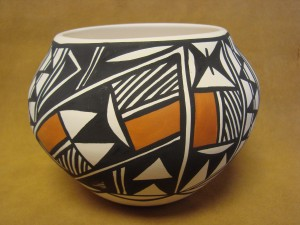Native American Acoma Indian Pottery Hand Painted Pot by G. Salvador