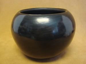 Santa Clara Indian Pottery Handmade by Birdell Vine Flower! Hand Coiled