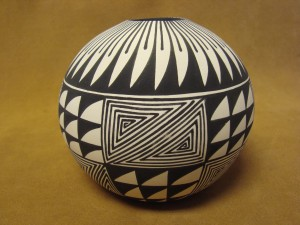 Native American Acoma Indian Pottery Hand Painted Seed Pot by E. Antonio
