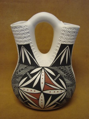 Native American Acoma Indian Pottery Hand Painted Etched Wedding Vase by B. Garcia