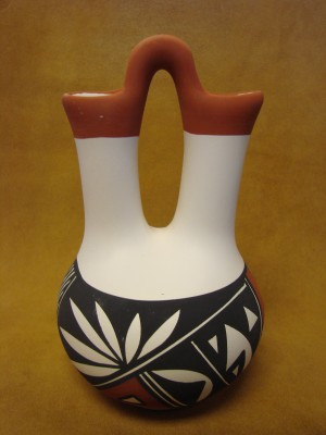 Native American Acoma Indian Pottery Hand Painted Wedding Vase! Victorino