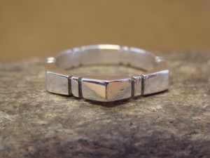 Native American Jewelry Sterling Silver Mens Ring Band, Size 5.5 Tom Lewis